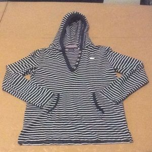 Vineyard Vines girls hooded soft shirt Size Small